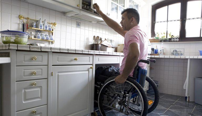 fauteuil-cuisine-adaptee